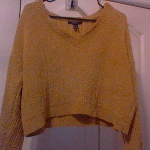 Mustard yellow cropped sweater ( PERFECT FOR FALL)